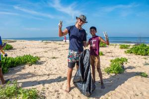 surfing-swami-foundation-beach-cleanup-2018-10