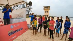 Mantra Grom Search - Shamanth Kumar briefing the groms