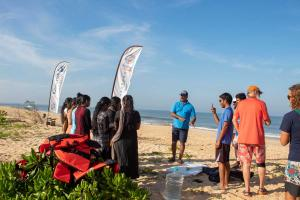 surfing-swami-foundation-beach-cleanup-2018