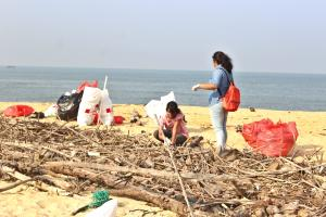 Beat plastic pollution - mantra beach clean up 2018