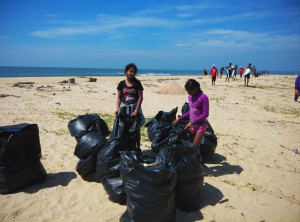 mantra beach cleanup4